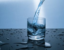 Image of a glass of water.